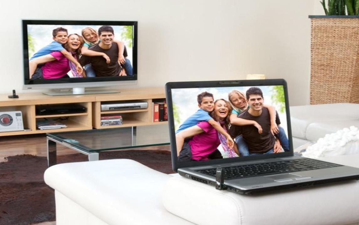"""Подключение ноутбука к телевизору через Wi-Fi-транслирование экрана на """"Смарт ТВ"""""""