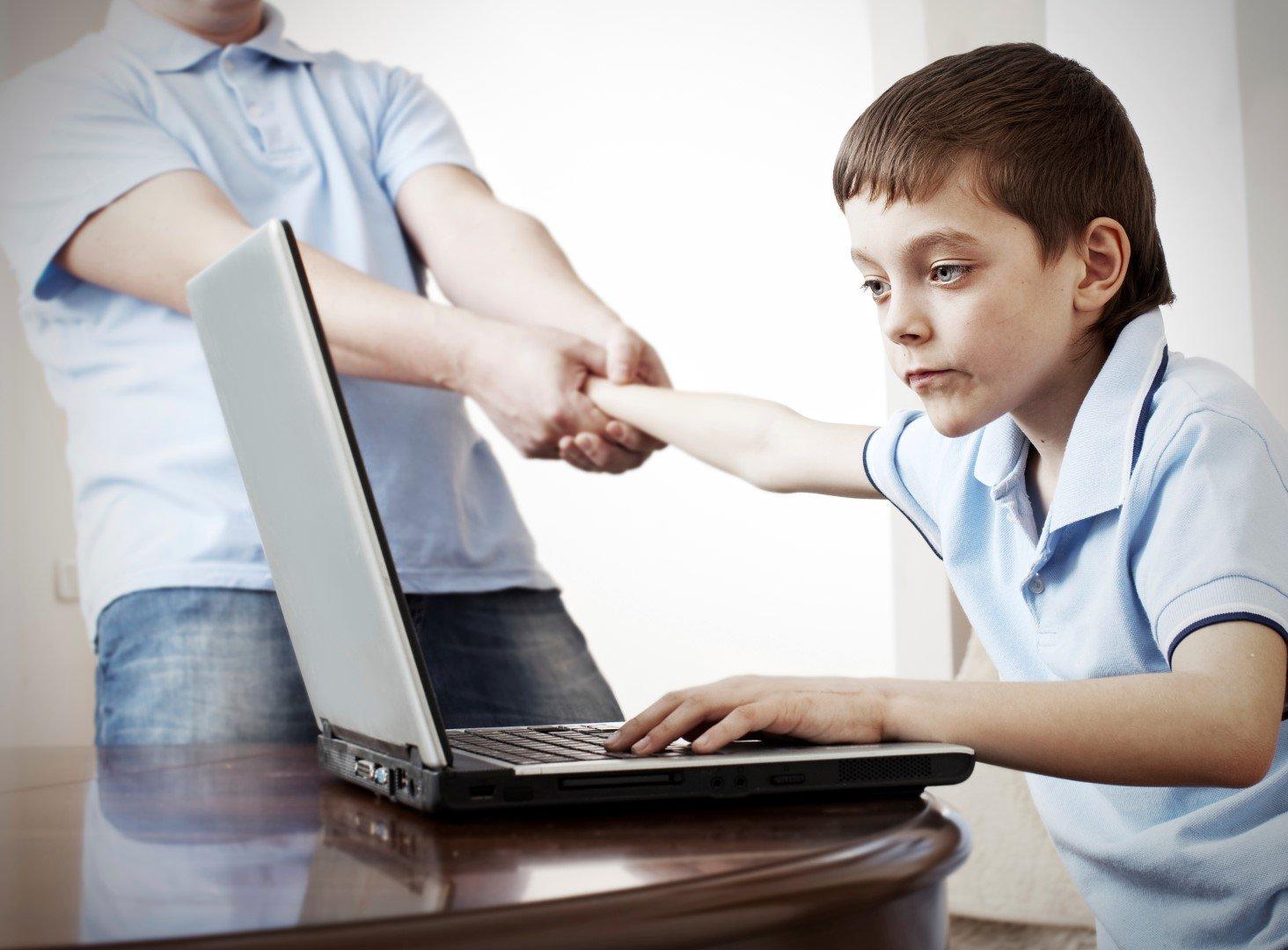Интернет-зависимость — первая причина для беспокойства