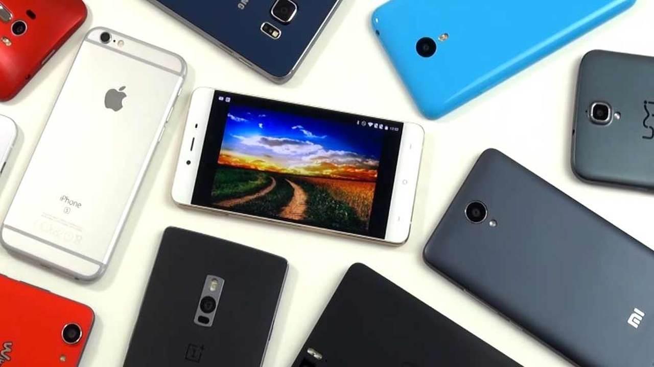 Смартфоны с доступом к глобальной сети