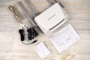 В комплект входит модем, провод, кабель для компьютера и инструкция.
